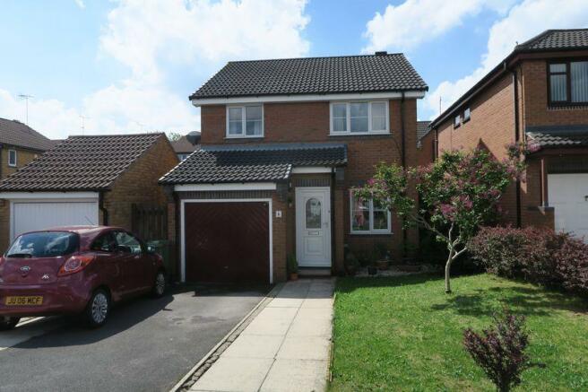 3 Bedroom Detached House For Sale In Teal Drive Morley