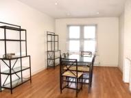 Flat to rent in High Street, Hornsey, N8