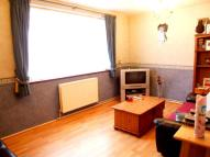 1 bed Flat in Priory Close, Oakwood...