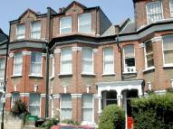 2 bed Flat in Hampden Road, London, N8