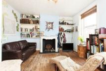 2 bed Duplex for sale in Tottenham Lane, London...