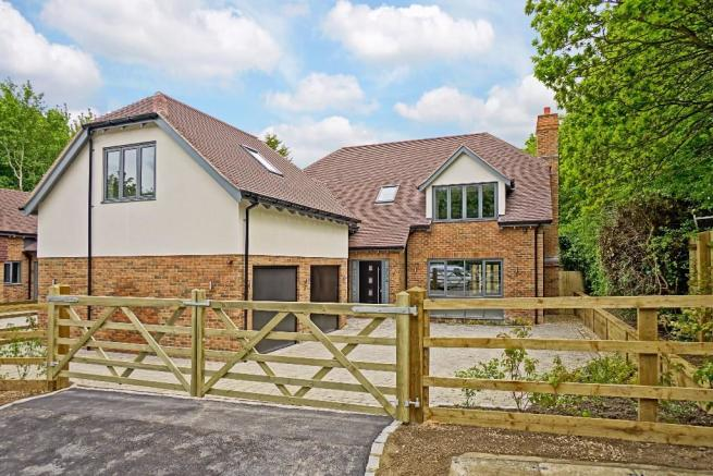 4 bedroom detached house for sale in tamworth stubb milton keynes buckinghamshire mk7 mk7