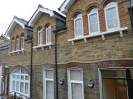 Apartment to rent in Shell Road, London, SE13