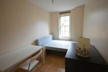 Flat to rent in Portpool Lane...