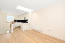Flat to rent in Balfe Street...