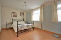 Flat Share in Willowherb Walk, Romford...