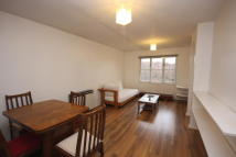 Flat to rent in Heddington Grove, London...