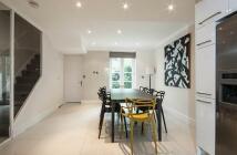 5 bedroom home in Abingdon VIllas...