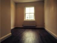 Flat in Exmouth Market, London