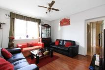 5 bed Flat in Darling Row, Whitechapel...