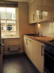 Flat to rent in Exmouth Market...