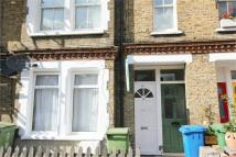 Aylesbury Road Terraced property to rent