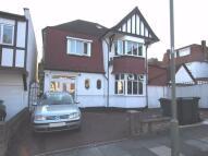 Studio flat in Foscote Road, Hendon