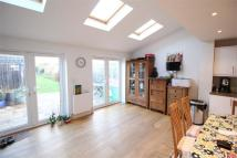 4 bed semi detached house to rent in Deans Way, Edgware