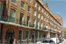 Apartment to rent in Nottingham Place, London