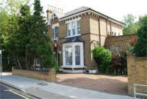 5 bedroom Detached property in Sunny Gardens Road...