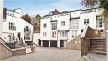semi detached house in Park Walk, London