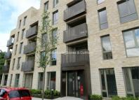 Flat to rent in Lacey Drive, EDGWARE