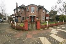 4 bedroom Detached home in Cavendish Drive, Edgware