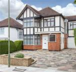 4 bedroom Detached house to rent in Edgeworth Crescent...