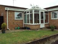 Bungalow to rent in Barn Meads Road...