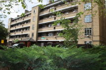 Flat to rent in HIGHBURY ESTATE, London...