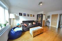 Apartment in Calshot Street...