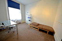 Caledonian Road Apartment to rent