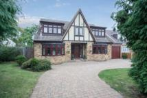 5 bed Detached house for sale in Hill Avenue Essex...