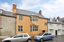 3 bedroom property in Church Street, Calne...
