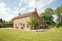 4 bedroom Detached home in Oak Lane, Easterton...