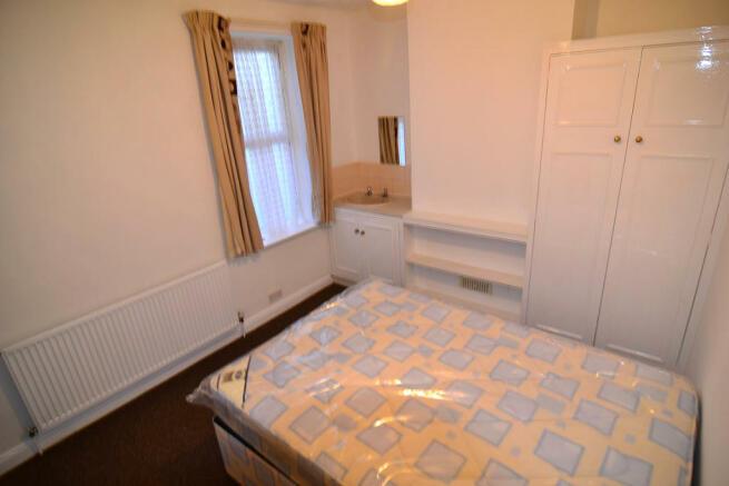 Room 4 �370pcm