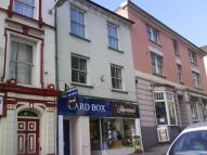 Flat in High Street, Bideford...
