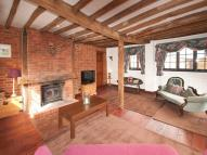 2 bed Detached house in , Potters Crouch...