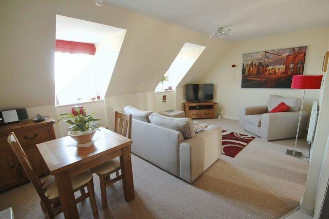 2 Bedroom Apartment For Sale In Poets Way Dorchester Dt1 Dt1