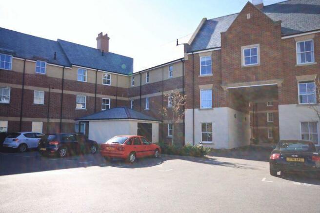 2 Bedroom Apartment To Rent In Dorchester Dt1