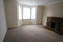 4 bed Terraced house to rent in Warleigh Avenue, Plymouth