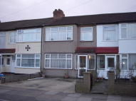 3 bed property in Enfield, EN3