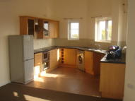 4 bed property in Enfield, EN3