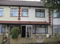 4 bed property in Edmonton, N18