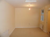High Street Studio flat to rent