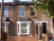 3 bed house to rent in Enfield, EN1