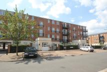 2 bedroom Flat in Gareth Drive, London, N9