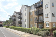 2 bedroom Flat to rent in ENSTONE ROAD, Enfield...