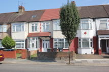 3 bed Terraced home to rent in Enfield, EN3