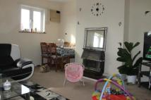 2 bed Flat to rent in Morden Court, Morden...