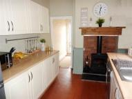 3 bed End of Terrace house to rent in Middleton Road, Morden...