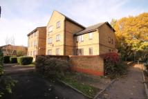 1 bedroom Flat to rent in Mill Green Road, Mitcham...