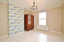 3 bedroom Terraced house in Commonside East, Mitcham...