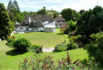 5 bed Detached house in Esher Park Avenue, Esher...